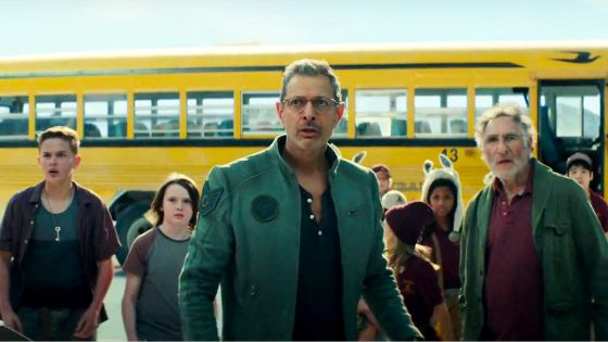 Independence Day: Resurgence (2016) Roland Emmerich - Movie Review - Image 11
