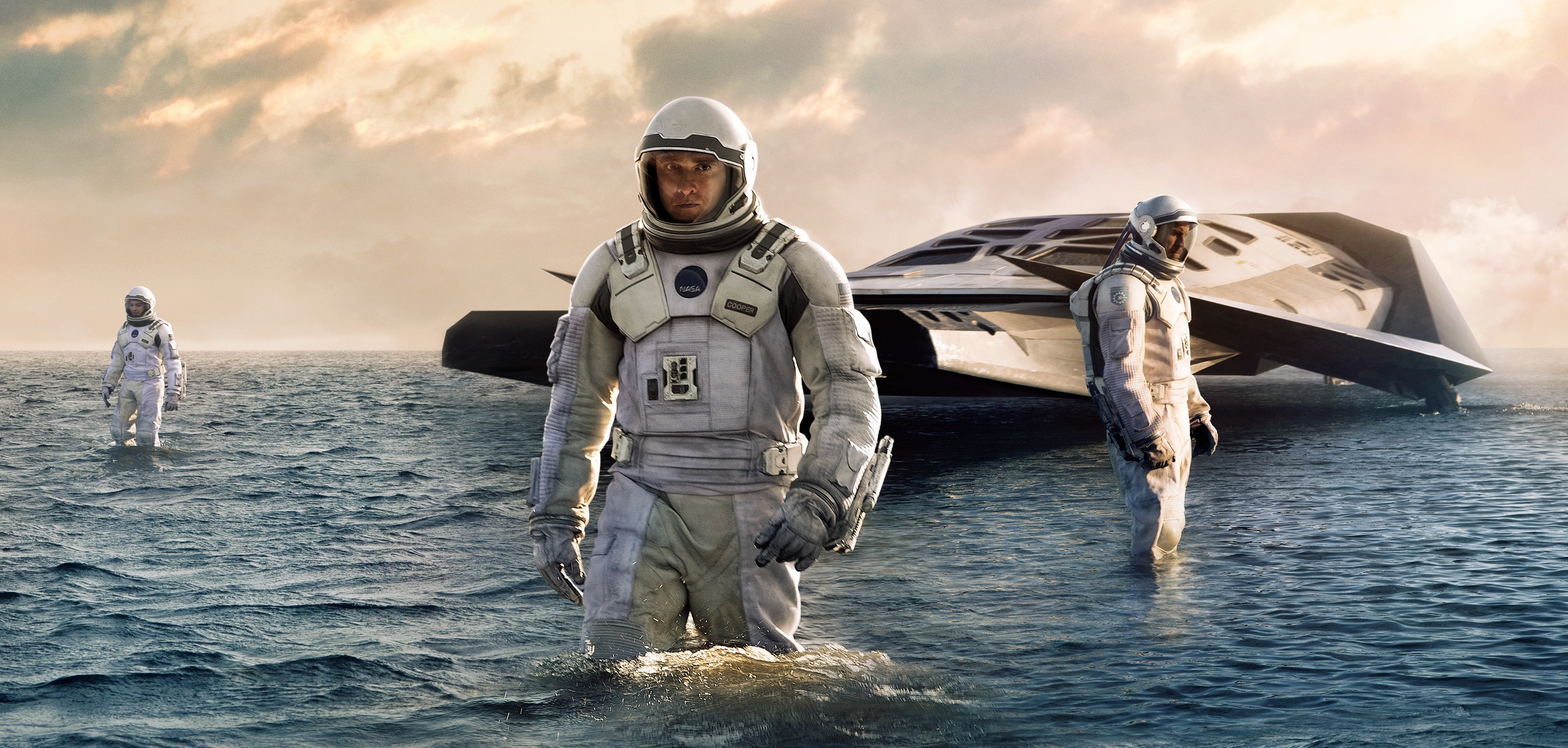 Interstellar (2014) Directed by Christopher Nolan - Movie Review
