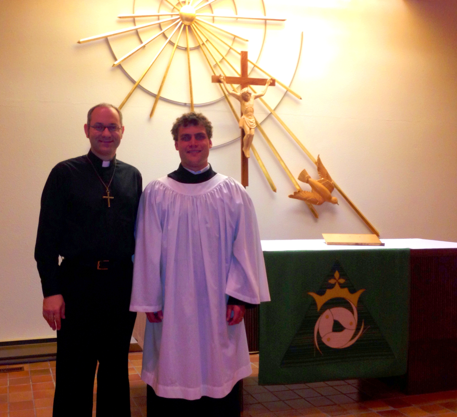 Rev. Ted Giese Meets Mount Olive's New Vicar, James Preus from CLTS. - Image 1
