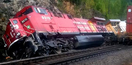 Sermon / Pr. Ted Giese / Sunday March 20th 2016 - / John 12:12-19 / A Train Wreck Calls Hosanna - Image 7