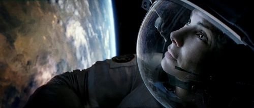 Gravity (2013) Directed by Alfonso Cuaron - Movie Review