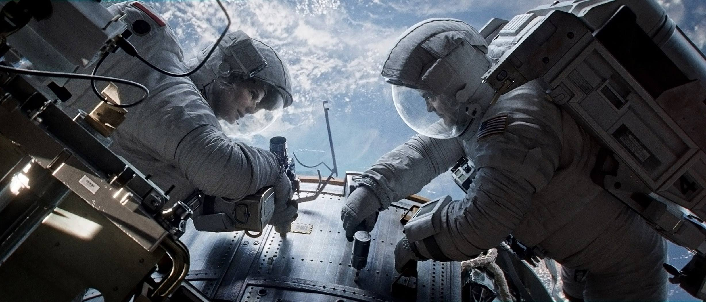 Gravity (2013) Directed by Alfonso Cuaron - Movie Review - Image 7