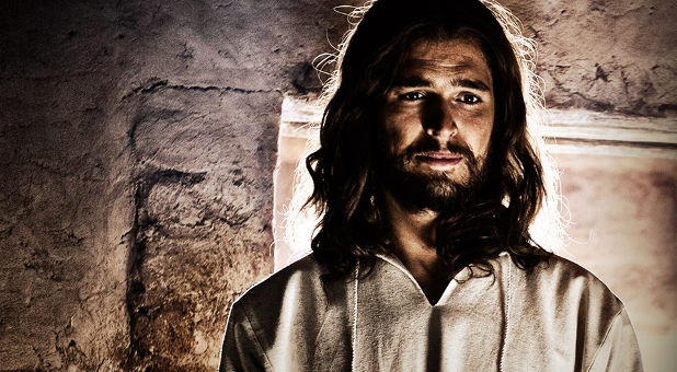 Son of God (2014) Directed By: Christopher Spencer - Movie Review - Image 4