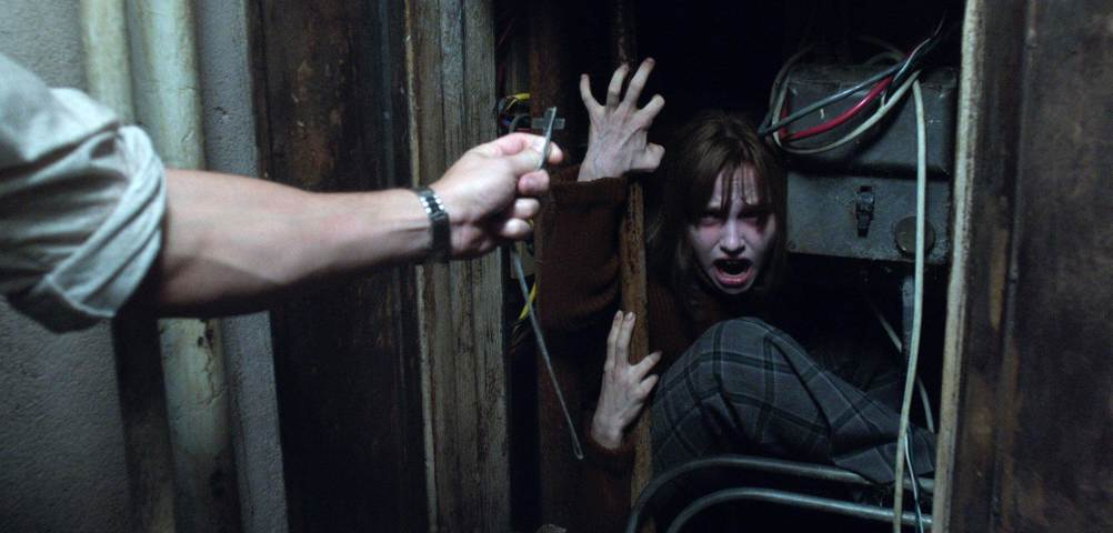 The Conjuring 2 (2016) James Wan - Movie Review - Image 24