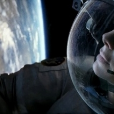 Gravity (2013) Directed by Alfonso Cuar�n - Movie Review
